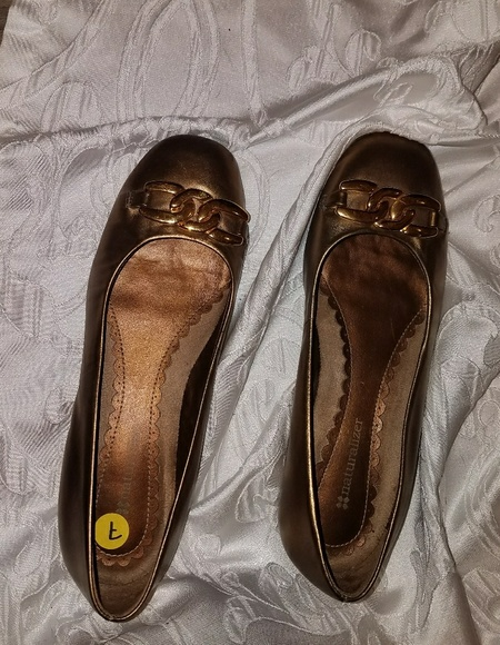 Naturalizer Shoes - Naturalizer Gold on Gold Flats